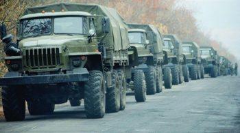 Colonne-vehicules-militaires-russes-50-kilometres-ville-Donetsk-8-novembre_1_730_400